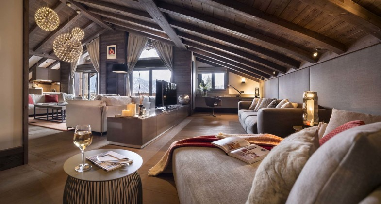 ALIVAR NUOVO CONTRACT 2015: ONE COURCHEVEL – la quintessenza del lusso